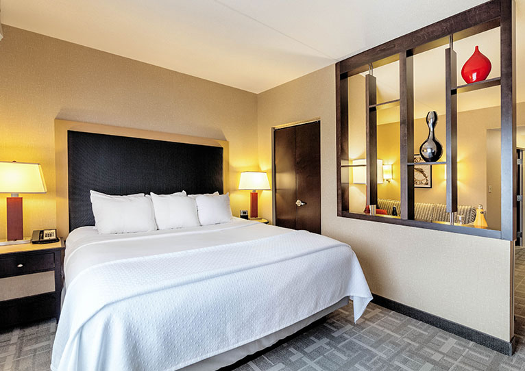 King Room at Cambria Hotel Pittsburgh Downtown, Pennsylvania